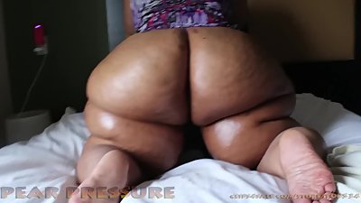 Fat ass Milf gets Slayed