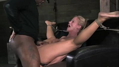 GERMAN MILF MOM CRYING BIG BLACK COCK..