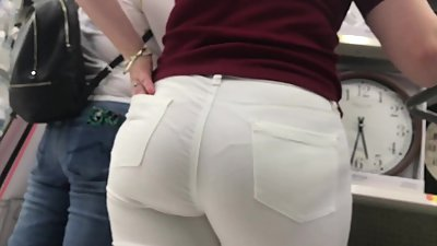 Italian fat ass white jeans