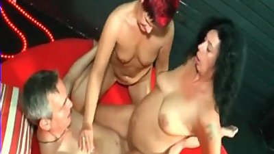 Velvet Swingers Club mature amateur..