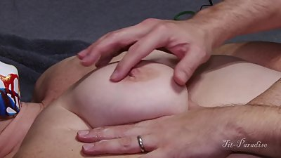 Amazing Natural MILF Tits Getting..