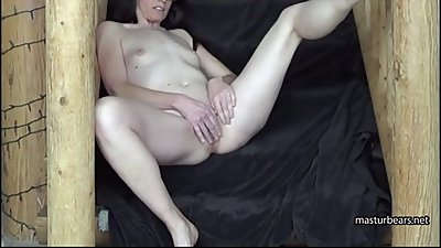 Me Barbara 42 shows my masturbation