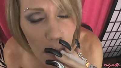 Nikki Ashton smoking facial 10