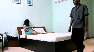 Desi wife seduce two hotel service guy