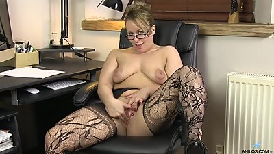 Ashley Rider - Masturbating In Office