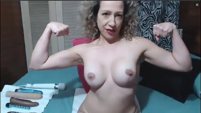 First time flexing for nice MILF on cam
