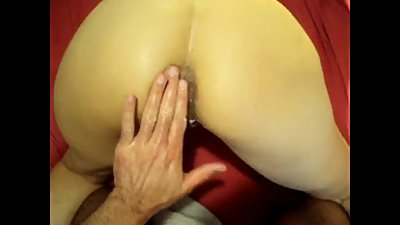 She cums hard several times during..