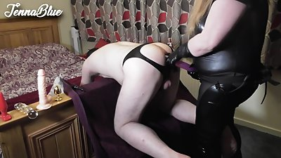 Pegging hubby deep in his sexy gaping..