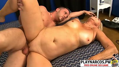 Beauty Mom Connie Mc Coy Ride cock..