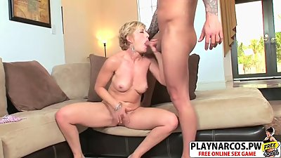 Mature Stepmom Chanel Carrera Fucking..
