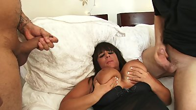 HUUUUGE Tit Mom Gangbang and Gets Her..