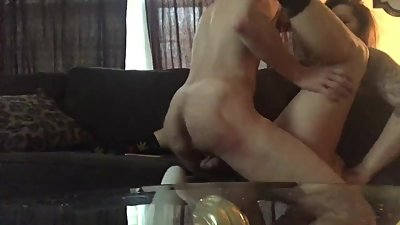 Best pussy eating ever !! Living room..