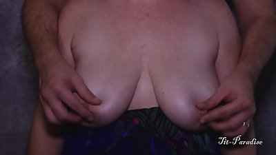 Big Titty MILF Drops, Plays and I Play..