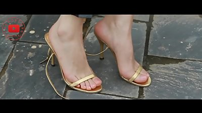 Chinese beauty milf feet Collection