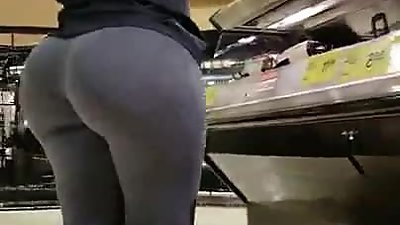 PAWG grey leggings