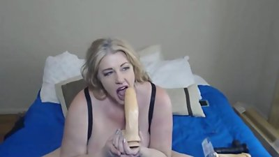 Dirty talking curvy MILF Zoey Andrews..