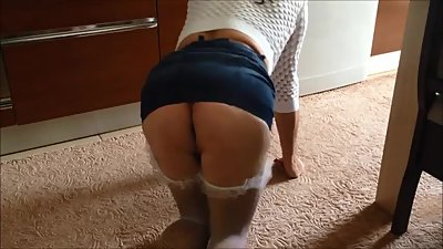 Big Butt Housewife Hiddencam