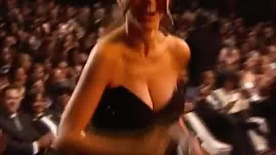 Sofia Vergara's Big Bouncy Tits