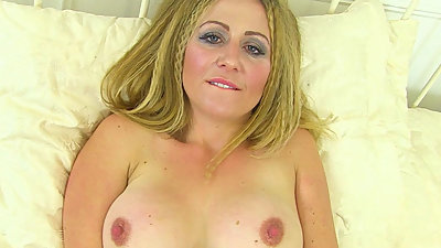 English milf Classy Filth loves..