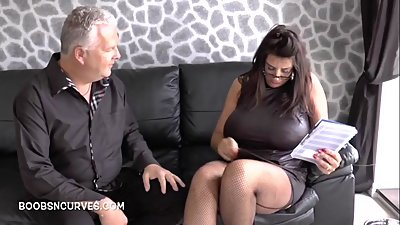 Milf real estate agent cums to sell..