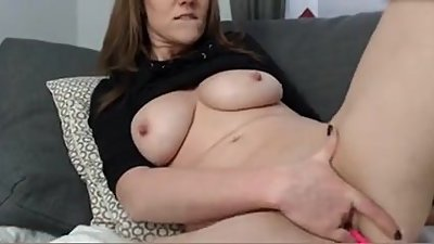 Dirty MILF finger fucks her squirting..