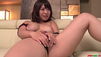 Wakaba Onoue tries young penis in her..