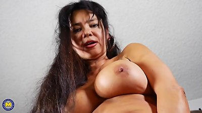 Mature American mother with big tits..