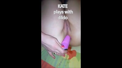 kate  plays with dildo