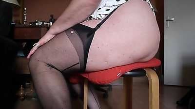 Beg legs in seamed Nylons and Bubble..