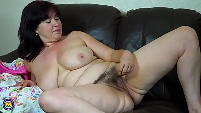 Real mature busty mother with hairy..