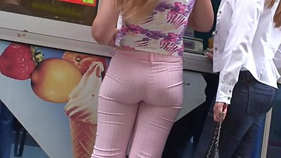 Sexy ass in pants milfs