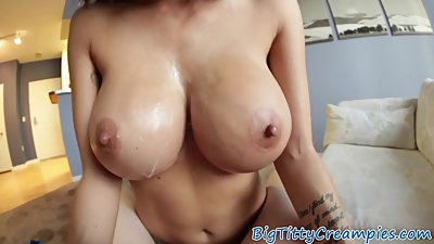 Glam milf loves tittyfucking big cocks