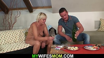Her blonde old mom and boyfriend taboo..