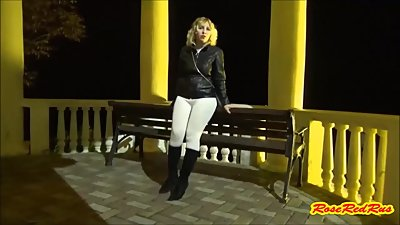 RoseRedRus-Flashing -Walk no Skirt
